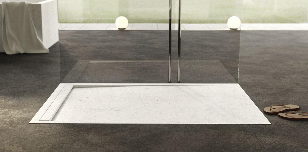 piatto doccia elegante in marmo bianco