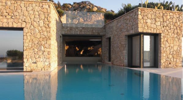 Custom Interior Design and Luxury Swimming Pool in Natural Stone – Sardinia, Italy