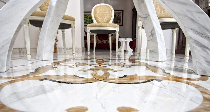 pavimento marmo bianco