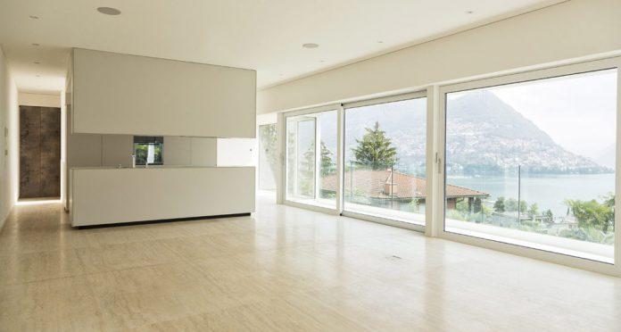 Travertine Coverings, Floors and Custom Bathroom Fittings for Villa in Lugano