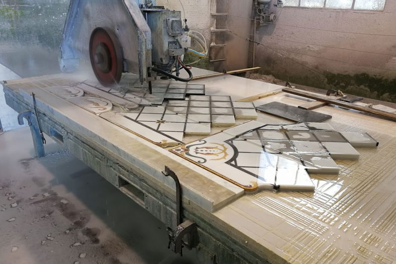 how to realize marble inlays and decorations
