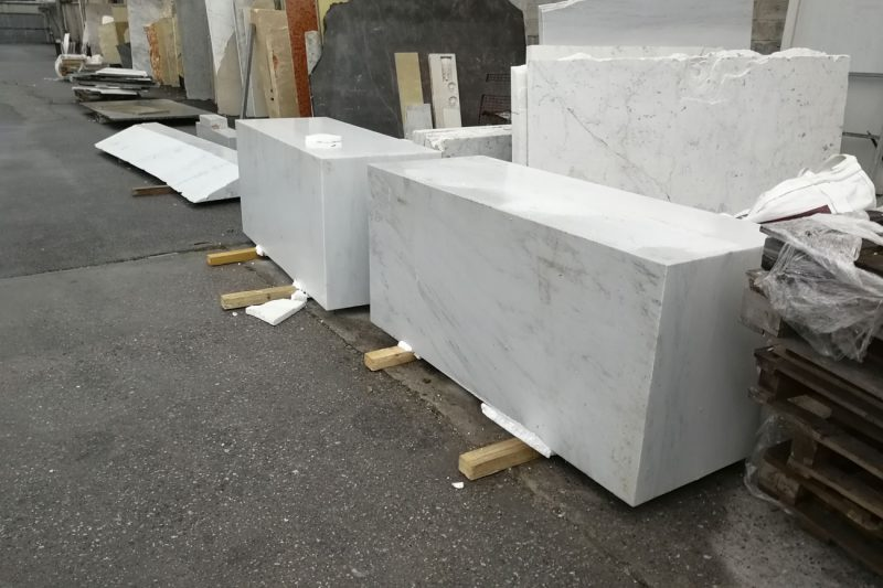 Selection of the best marble block for processing our marble bathtub