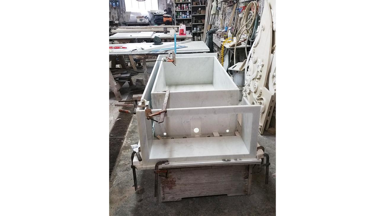 Costruzione della vasca da bagno in marmo personalizzata