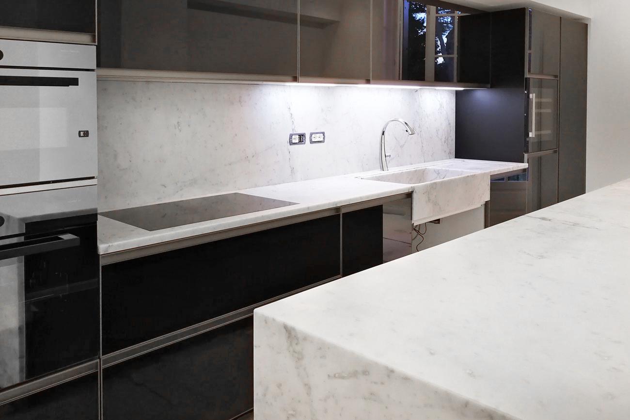 Custom marble design for apartment kitchen bathroom