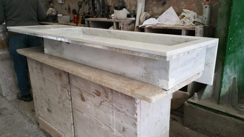 lavandino marmo bianco
