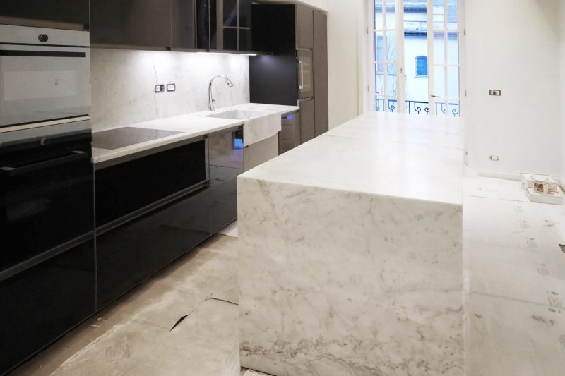 Marble kitchen island custom made in Carrara
