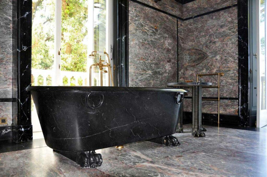 Vasca in marmo nero