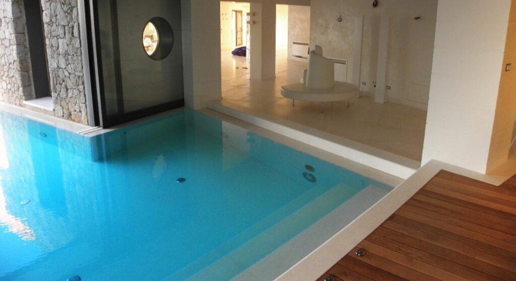 Rivestimenti in marmo per piscine