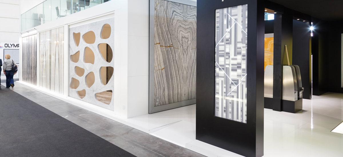 Arredamento per uffici in marmo di Carrara in Germania