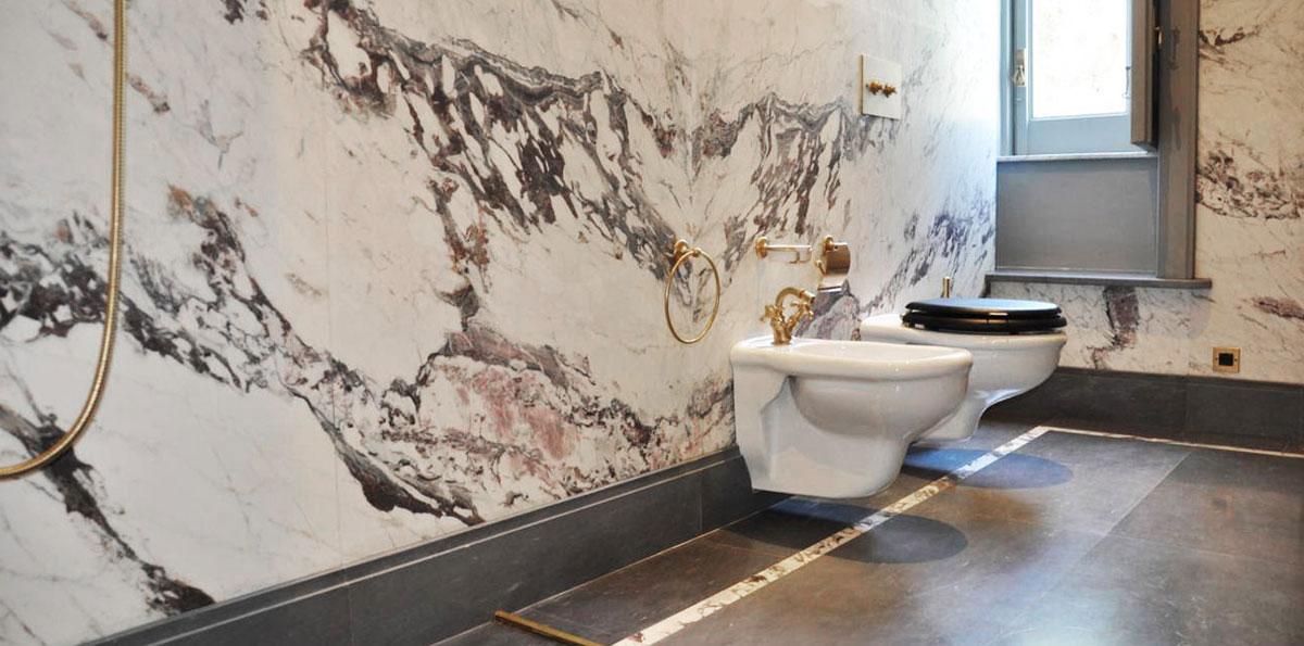 Rivestimenti in marmo per bagni