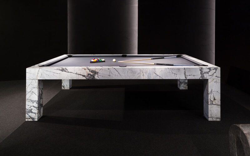 tavolo da biliardo moderno