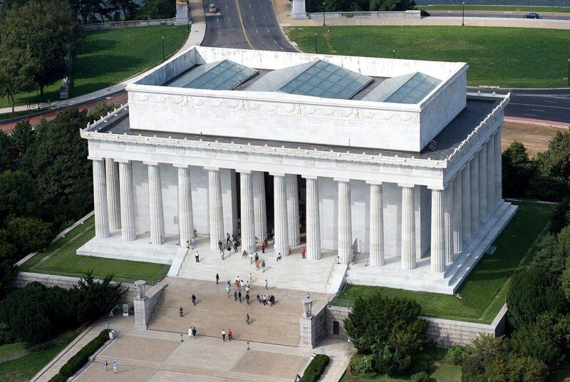 yule marble building