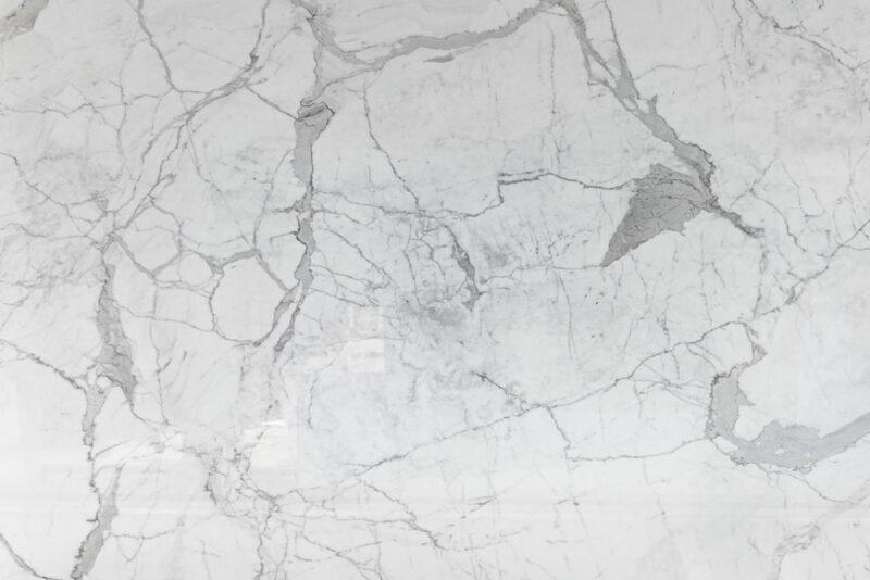 marmo biancovsgranito