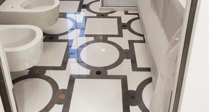 prodotti per pulire il pavimento in marmo