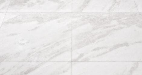 pulire pavimento in marmo